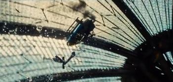 ヘリコプター墜落.jpg