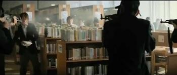 図書館での殺害.jpg