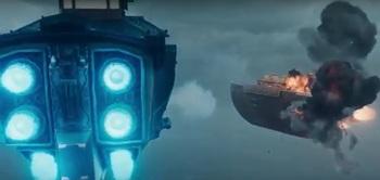 船 爆発.jpg